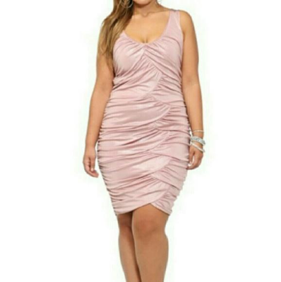 2561386aa06 ❤New ️Torrid Pink Shimmer Dress ❤️